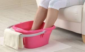HOT FOOT BATH FOR TOOTHACHE