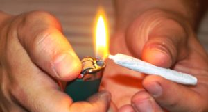 IS SMOKING CANNABIS BENEFICIAL OR HARMFUL?